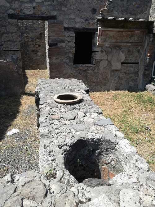 pompei3.jpg (56 KB)
